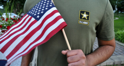 Army temporarily stops discharging immigrant recruits