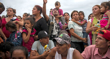 As caravan wends its way north, Mexico walks a fine line