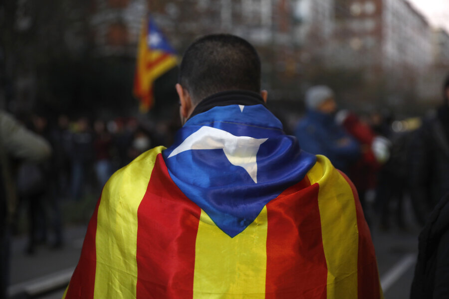 Spanish Cabinet Meeting Stirs Up Dissent In Catalonia Csmonitor Com
