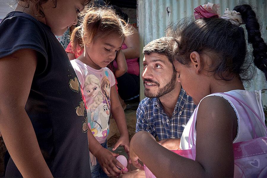 Roberto Patiño feeds thousands of youths facing hunger in Venezuela