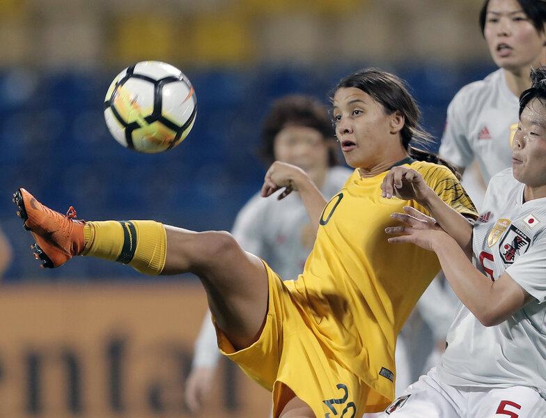 Australian soccer union: Women deserve equal reward in World Cup