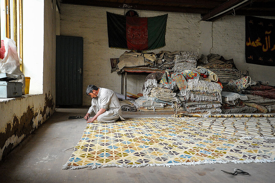 In Afghanistan, weaving ancient industry back into global market