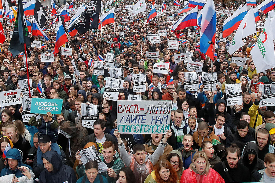 Fury at elections snub brings Moscow's professionals back to politics