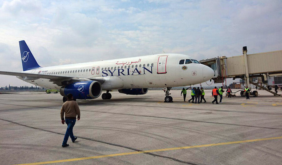 Commercial flights resume in Aleppo, symbolic amid war