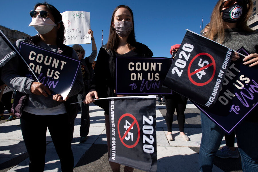 Women rally across US, urging a vote for change thumbnail