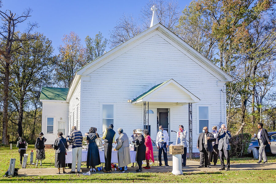 For historic Mississippi church, a day of Thanksgiving