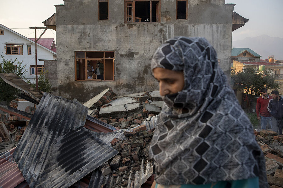 Behind killings in disputed Kashmir, fears of Taliban spillover