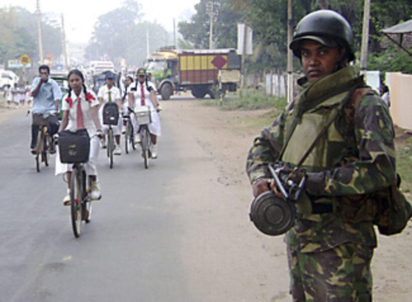 Fighting Intensifies Between Tamil Tigers Rebels And Sri Lanka