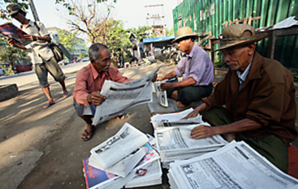 Burma's censors monitor Internet, newspapers - and poets