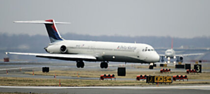 Delta-Northwest merger: pilots' demands hold any deal up