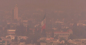 Pollution in Mexico City (DI01461) | This photo shows pollut… | Flickr