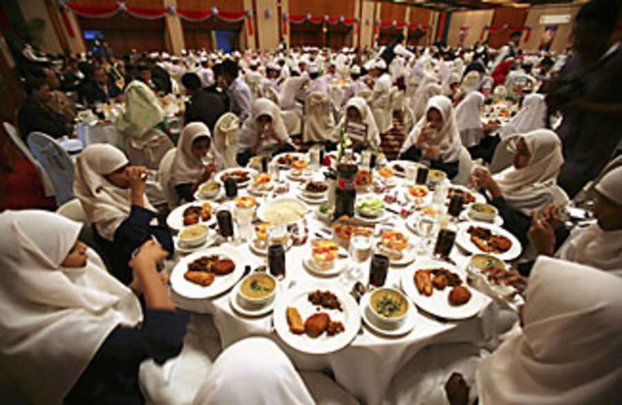 Ramadan Trend Iftar Emerges As High Profile Social Event