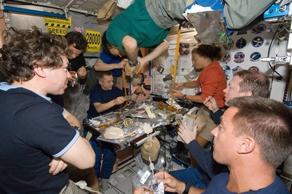astronauts having fun in space - photo #44