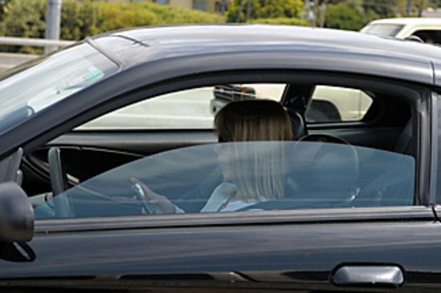 Texting While Driving >> Texting While Driving The New Drunk Driving Csmonitor Com