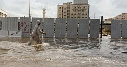Saudi Arabians use Facebook to vent fury over Jeddah flood deaths