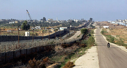 Gaza border: Why Egypt is building a steel underground wall
