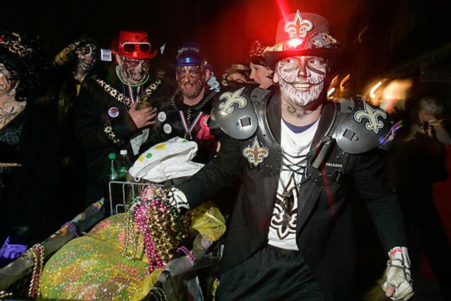 Mardi Gras Nah It S New Orleans Saints Super Bowl Warm Up