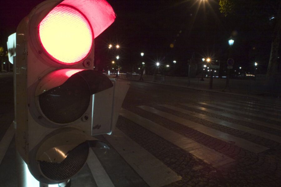 Illinois considers bill banning red-light cameras