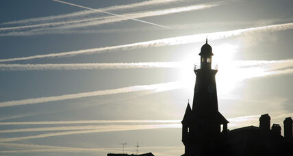 Airplane contrails and their effect on temperatures