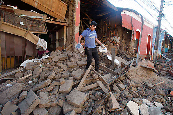 chile earthquake death toll rises authorities race to