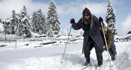 In Kashmir, skiing for your life on India Pakistan divide