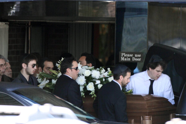 On day of Corey Haim funeral, 911 tape released ...