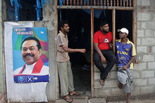 csmarchives/2010/04/0409-OLANKAWIN-Sri-Lanka-Election.jpg
