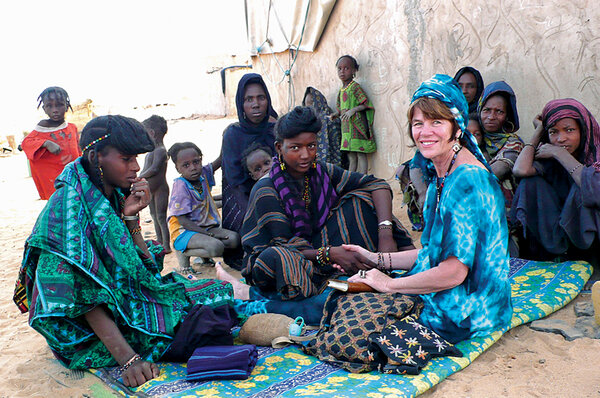 A California artist works to bring health care and education to nomads of Niger