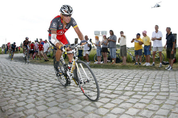 Tour de france can lance armstrong keep his teflon image for Combien de tour de teflon