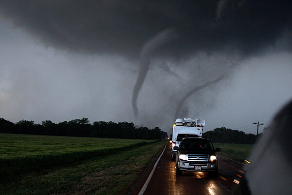 Storm Chaser Tours Usa