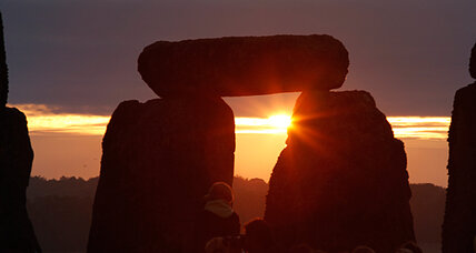 Stonehenge twin – 'Timberhenge' – discovered with radar imaging