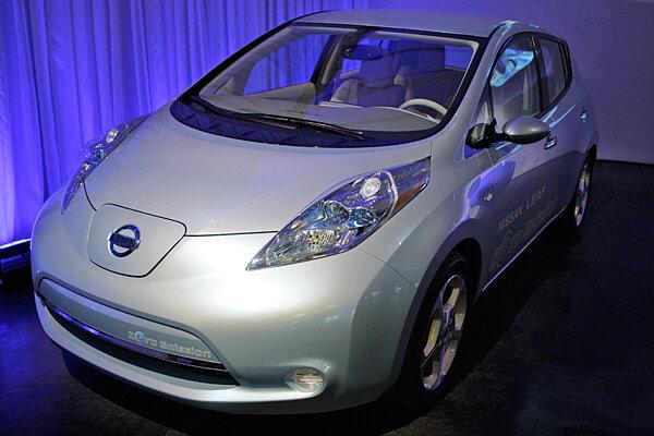 Chevy Volt Vs Nissan Leaf The Electric Car Price War Csmonitor Com
