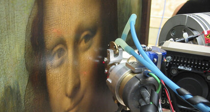 Mona Lisa examination reveals layers of paint for dreamy quality