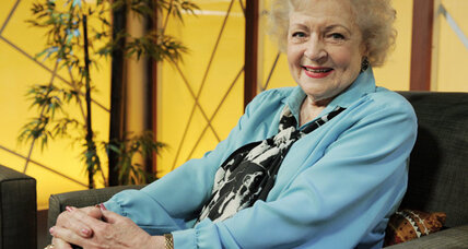 Betty White scores Emmy win for 'SNL' hosting gig