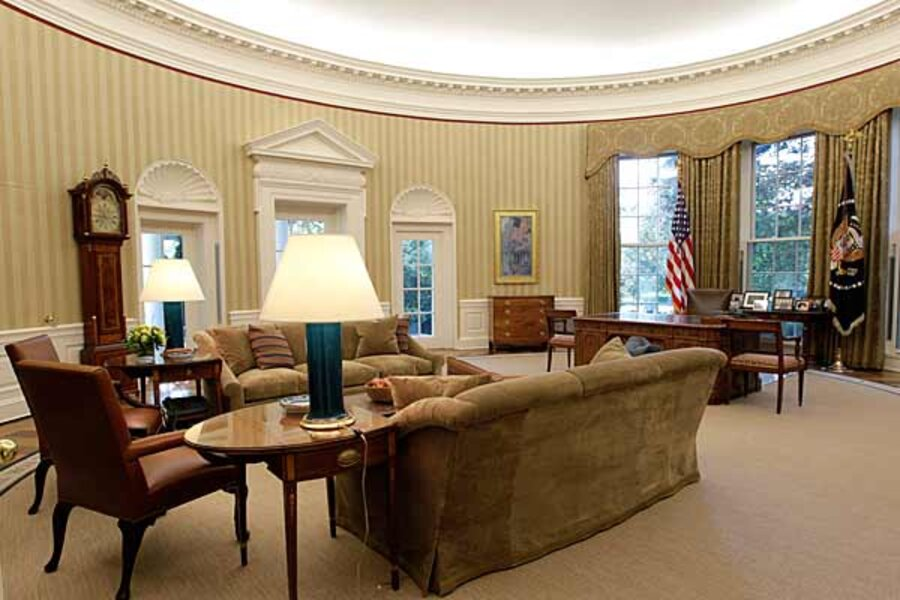 Oval Office Makeover More Taupe Same Old Desk
