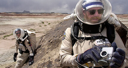 Packing light for Mars? Bring genetically modified algae