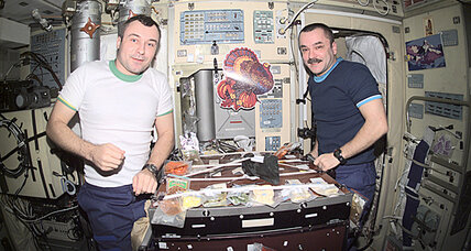 Top Chef contestants compete to make astronaut meals