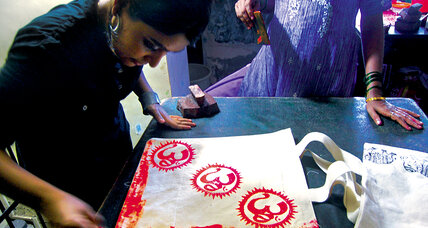 Woman reaches out to underprivileged with traditional Indian art