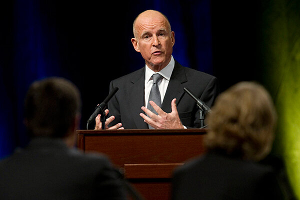 Debate: Jerry Brown, Meg Whitman show style, but light on solutions