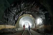 csmarchives/2010/10/1015-swiss-tunnel-01.jpg