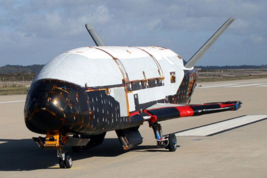 1130-x37b-space-plane.jpg?alias=standard