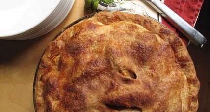 Old-fashioned apple pie for Thanksgiving