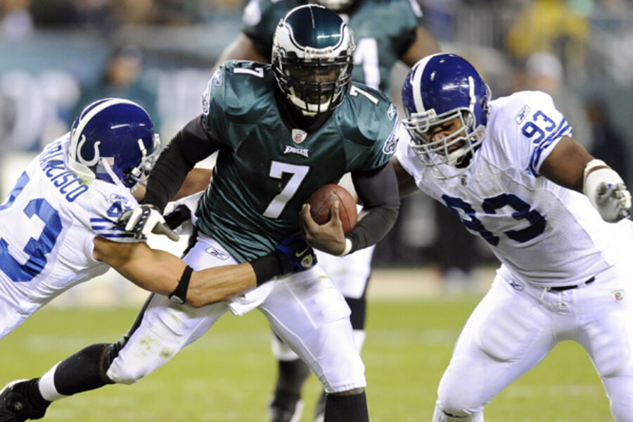 Michael Vick tries again to beat Donovan McNabb and Redskins Monday night f9c27ee11
