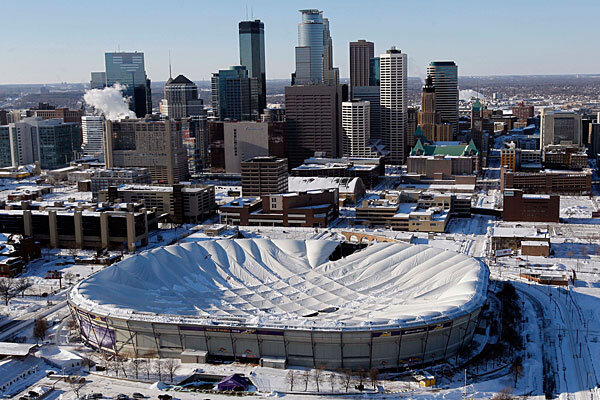 Vikings Metrodome Roof Collapses For The Fifth Time