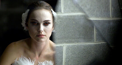 Natalie Portman, a deeply dark 'Black Swan': movie review