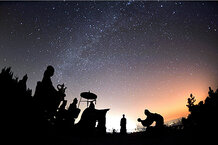 csmarchives/2010/12/1213-Gemenid-meteor-shower.jpg