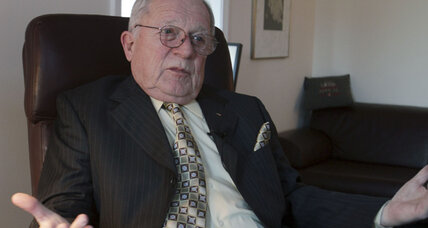 F. Lee Bailey says evidence of Simpson innocence was never used in 1995 murder trial