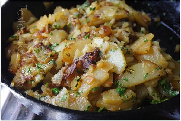 Sauteed Potatoes Seasoned With Onions Garlic And Cilantro