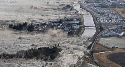 Japan earthquake: Eyewitness accounts capture Japan's tsunami after earthquake