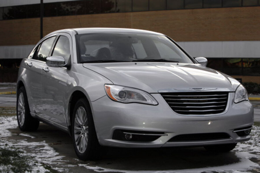 Chrysler 200 Reviews >> Chrysler 200 Review Controversy Causes Critic To Quit